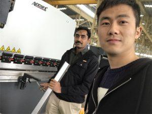 Algerije klanttest Press Brake Machine in onze fabriek