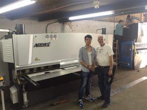 Cyprus klant bezoek pers rem machine en scheren machine in onze fabriek
