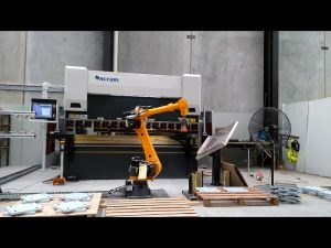 Robotic CNC Kantpers voor Robotic Buigcelsysteem