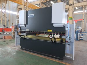 hydraulische cnc kantpers 100/3200 Delem DA41 controlesysteem