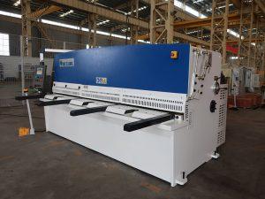 hoge snijnauwkeurigheid QC12Y 4x2500 plaatwerk shearing machine stalen plaat hydraulische knipmachine